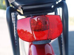 vélo à assistance électrique lfb ct26 feu AR
