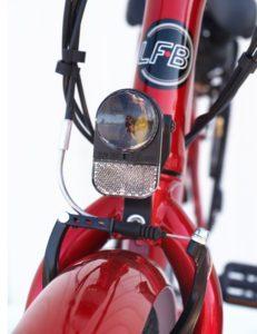 vélo à assistance électrique lfb ct26 feu AV